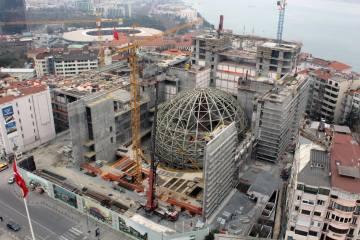 AKM'nin Oditoryum Çelik Konstrüksiyonu Tamamlandı